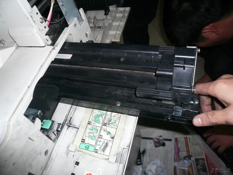 理光mp1800复印机复印掉粉维修图解